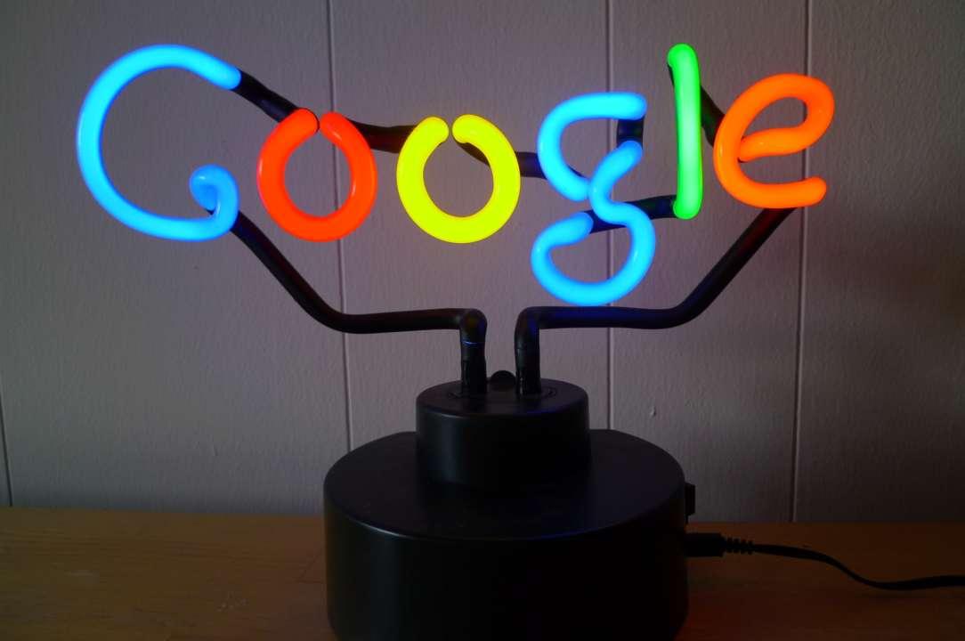 Google создали трогательный дудл к международному женскому дню