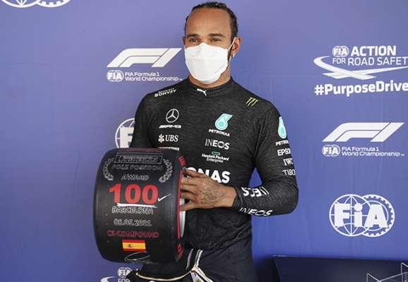 100-й поул у кар'єрі. Гемілтон виграв кваліфікацію Гран-прі Іспанії