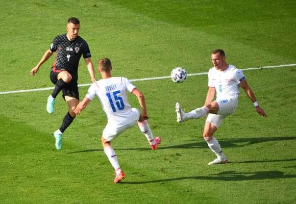 Чехия взяла очко в матче с Хорватией и одной ногой в 1/8 финала Евро-2020