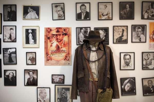 В США выставят на аукцион реквизит из культовых голливудских фильмов