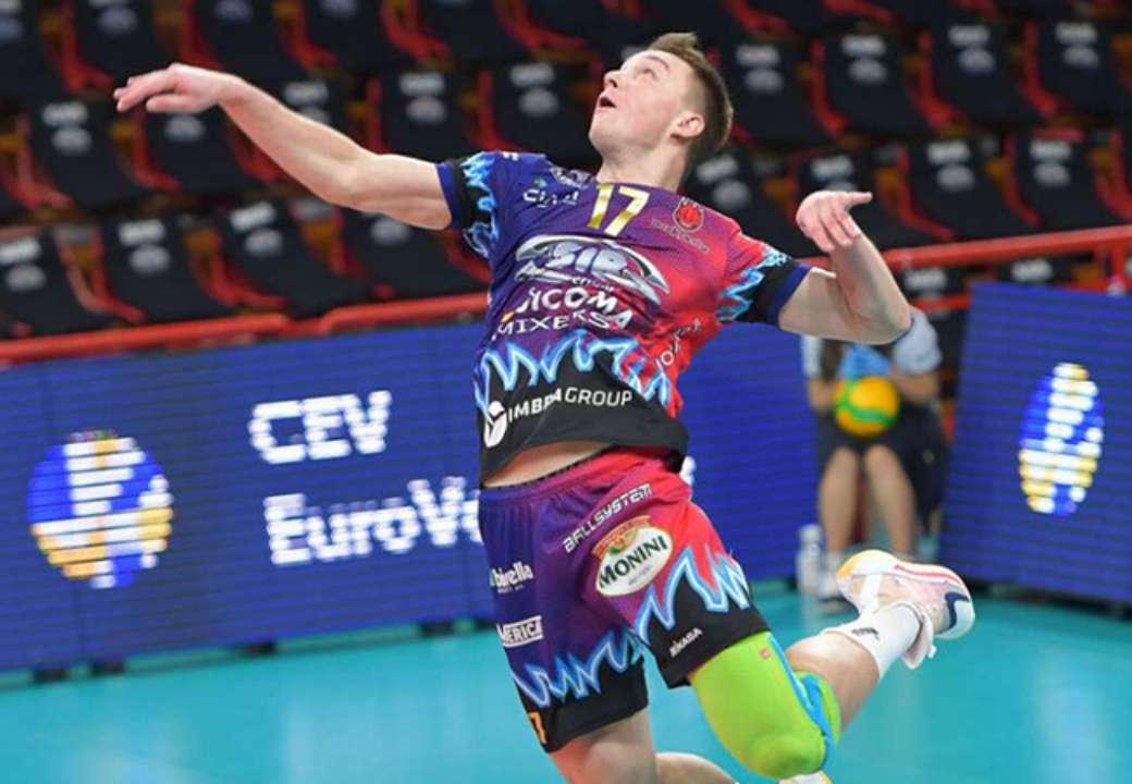 Украинский волейболист стал героем 1/4 финала Лиги чемпионов