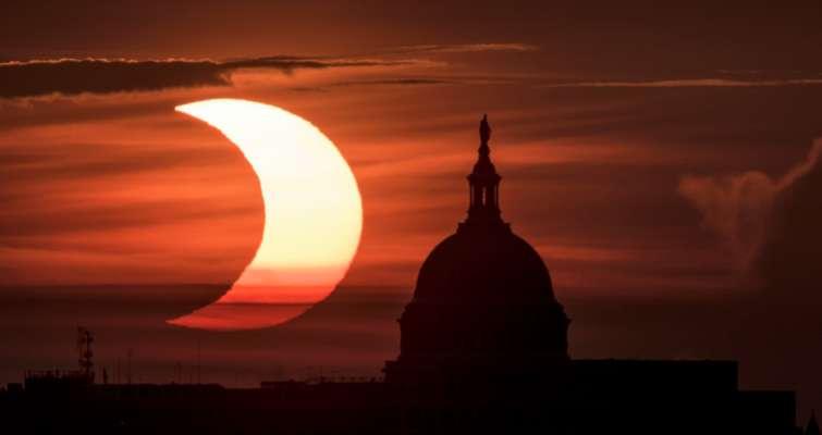 Солнечное затмение 2021