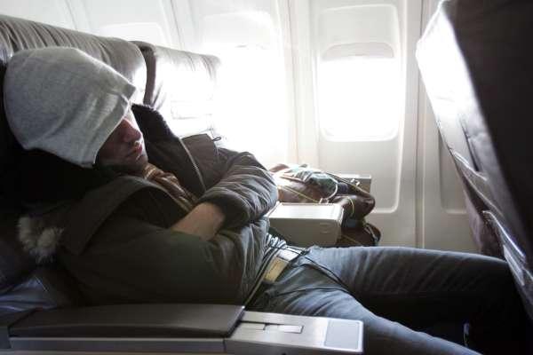 Пассажиры рассказали о самых абсурдных причинах, почему их выгоняли из самолета