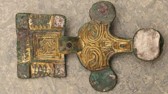 Покаяться никогда не поздно: грабитель вернул музею брошь, которую украл в прошлом веке