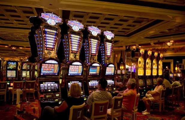 В США монахиня потратила более 800 тысяч долларов из школьного фонда на азартные игры
