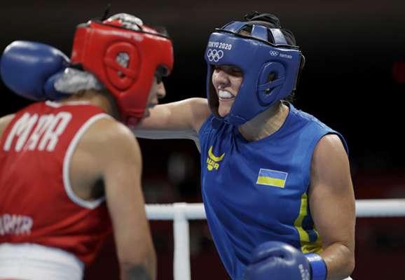 Лысенко пробилась в 1/4 финала женского олимпийского турнира по боксу