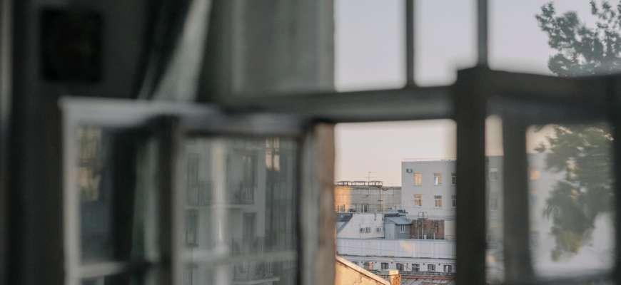 В Луцке пенсионерка выпала из окна Covid-больницы