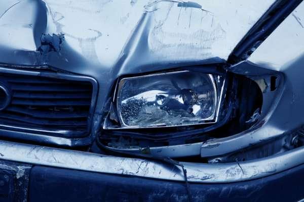Смертельное ДТП на Харьковщине: два автомобиля столкнулись лоб в лоб