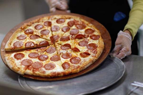 У Швеції в'язні захопили наглядачів та вимагали 20 піц у якості викупу
