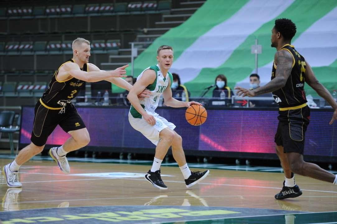 Химик вырывает победу над Киев-Баскетом в центральном матче Суперлиги