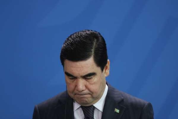 В Туркменистане запретили очереди в магазинах, чтобы не портить имидж президента