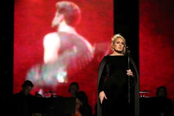 Гарна як ніколи: Адель потішила фанатів неймовірними знімками