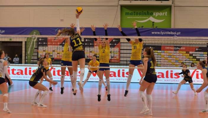 Украинки проиграли шведкам в отборе на чемпионат Европы