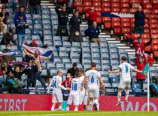 Феноменальный гол Шика позволил Чехии победить Шотландию