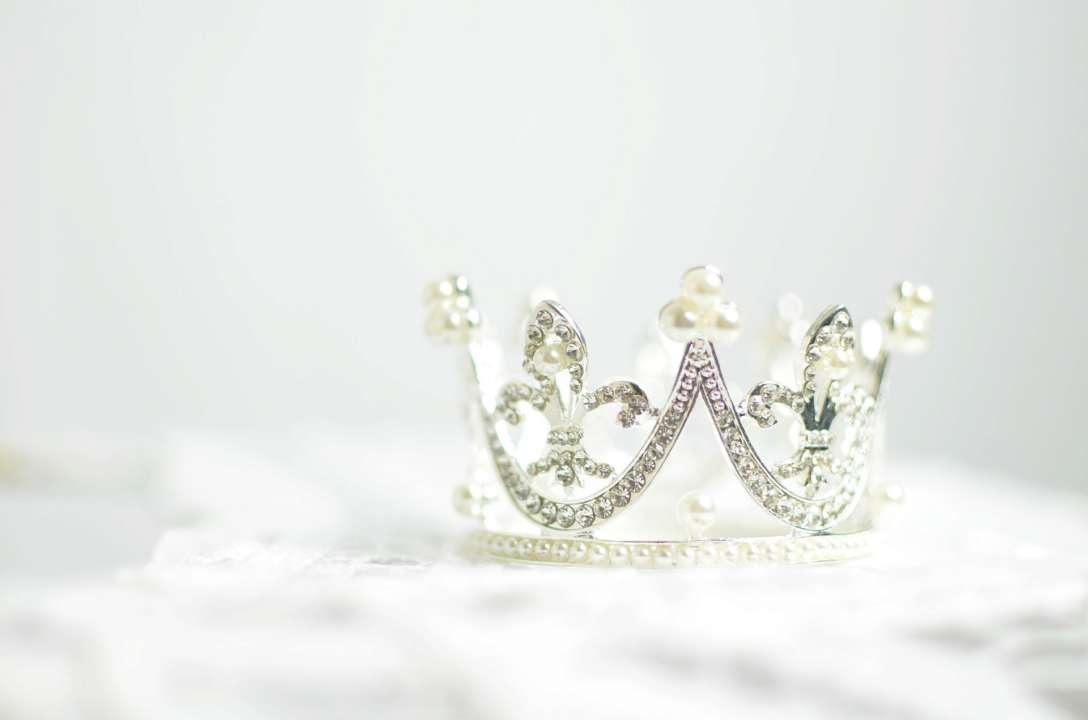 У переможниці конкурсу краси забрали корону через відео у Tik-Tok