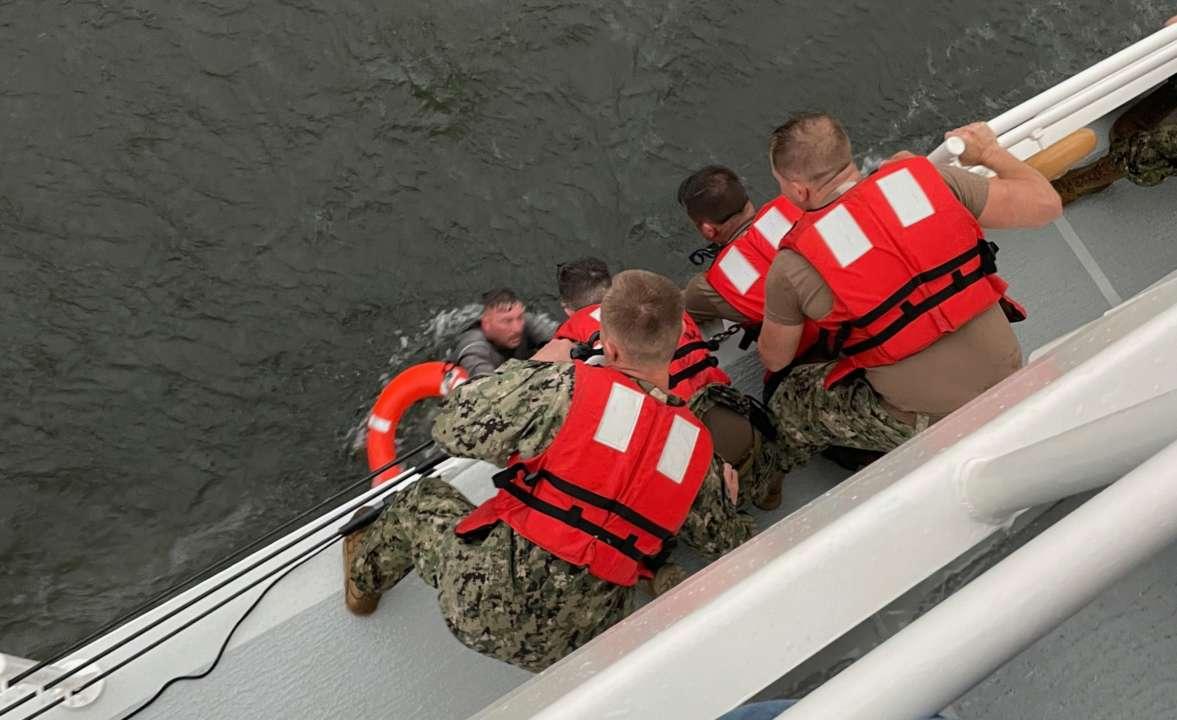 Возле берегов Луизианы утонул корабль