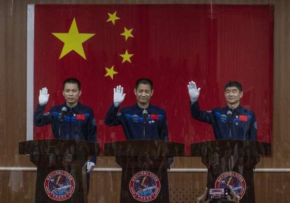 Китай вперше за п'ять років відправить космічну місію з екіпажем