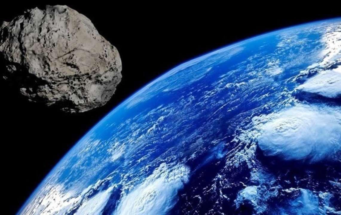 До Землі летить величезний астероїд