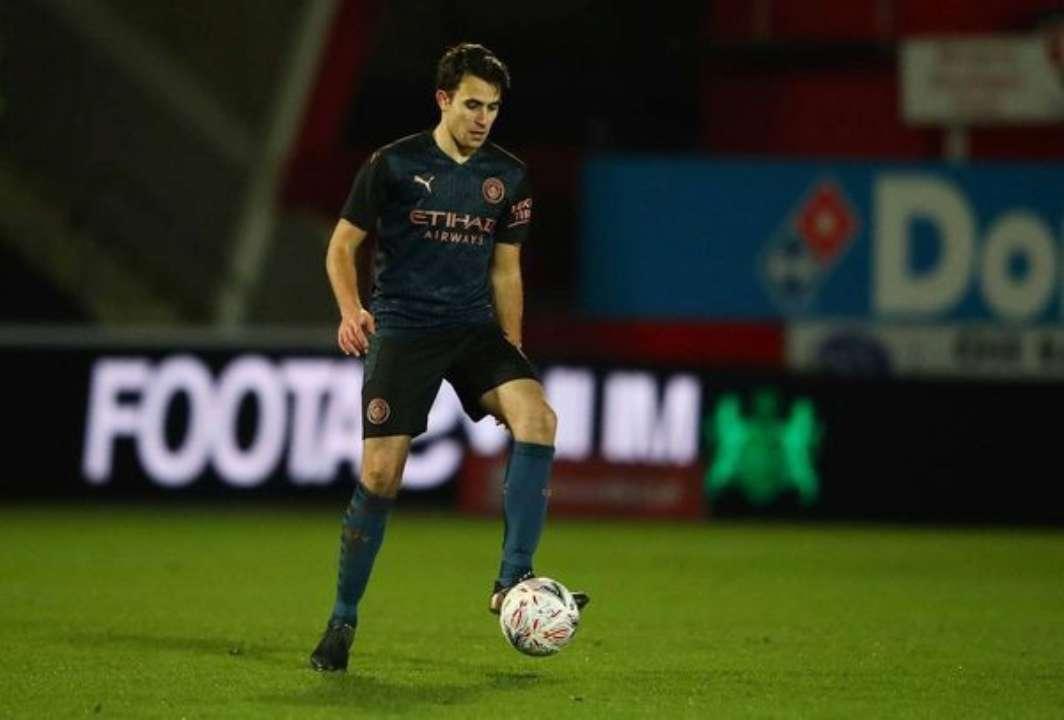 Барселона близка подписанию защитника Манчестер Сити Гарсии