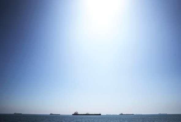 В Йемене затонул танкер с нефтью