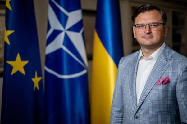 Вперше за всю історію незалежності Україна отримала стратегію зовнішньої політики