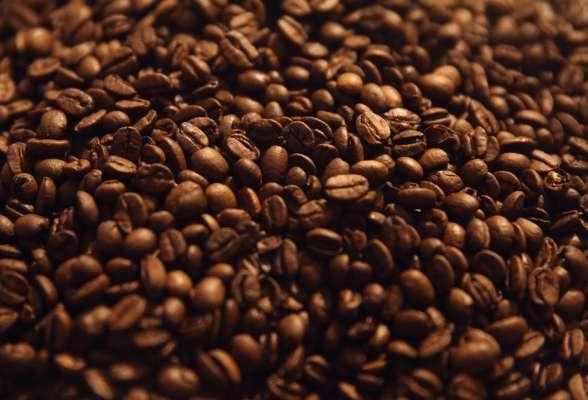 Засуха у Бразилії спричинила зростання вартості кави у світі