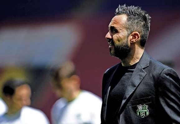 В Италии сообщают, что Де Дзерби уже подписал контракт с Шахтером