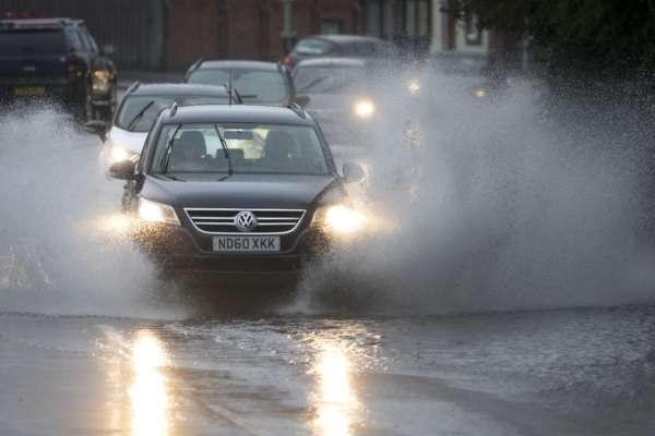 Британский город, в котором проведут климатический саммит ООН, страдает от аномальных осадков