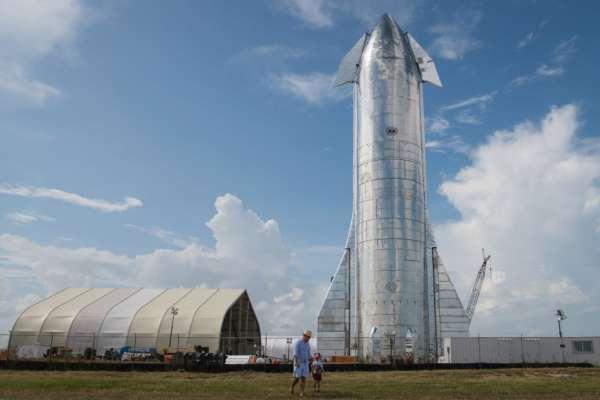 SpaceX готує перший орбітальний політ системи Starship