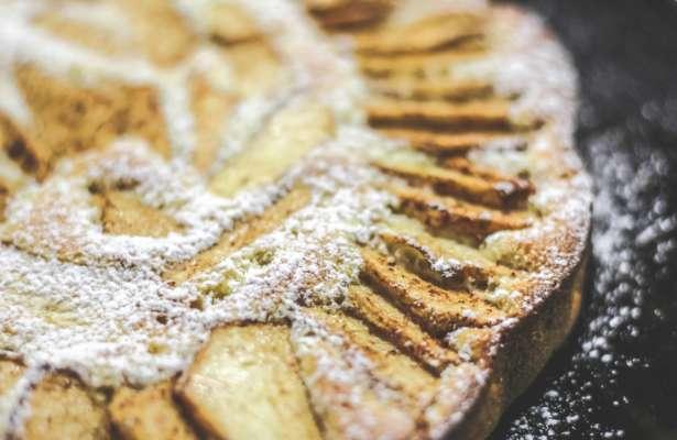 Новий рівень абсурду: яблучний пиріг звинуватили в расизмі та геноциді
