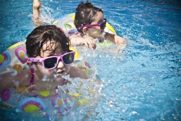 Безопасны ли детские солнцезащитные очки