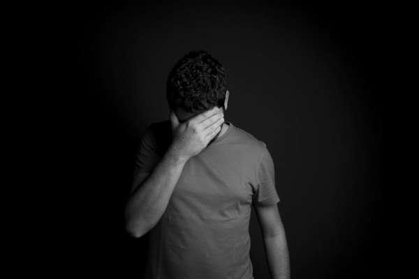 У Дніпропетровській області школяр намагався вчинити самогубство через ЗНО