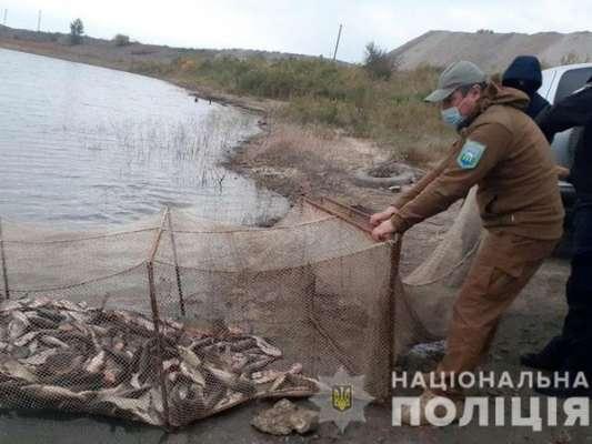 Словил рыбы на 2 миллиона. Сотрудники полиции Донецкой области выявили браконьера