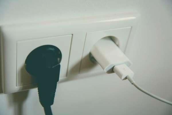 приборы, которые потребляют электричество даже в выключенном режиме
