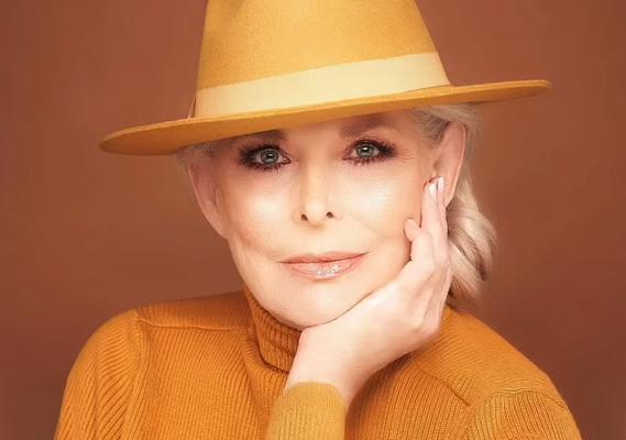 70-річна модель поділилася секретом своєї молодості