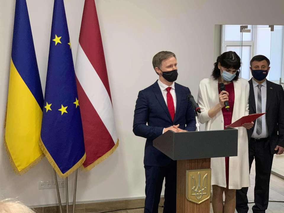 На Донбасі відкрили перше консульство європейської країни