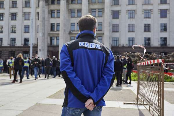 Боевики не выпускают наблюдателей ОБСЕ из офиса в Горловке