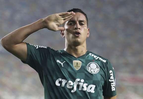 Динамо хоче підписати 18-річного захисника Палмейраса