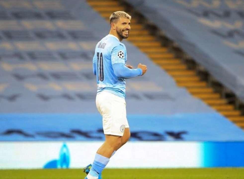 Ювентус предлагает Агуэро контракт