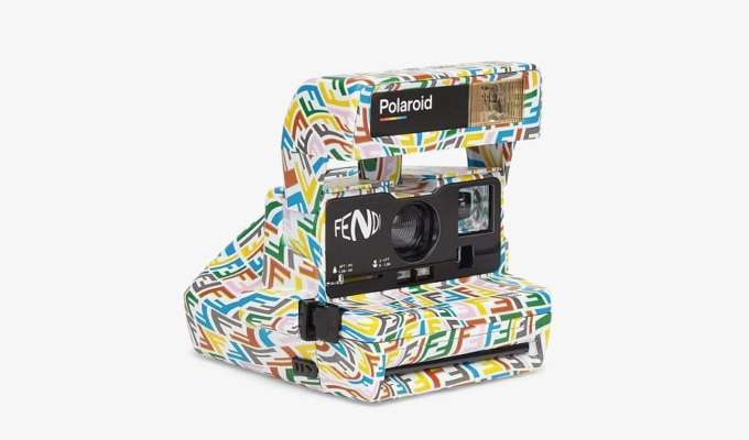 Fendi вместе с Polaroid выпустили фотоаппарат