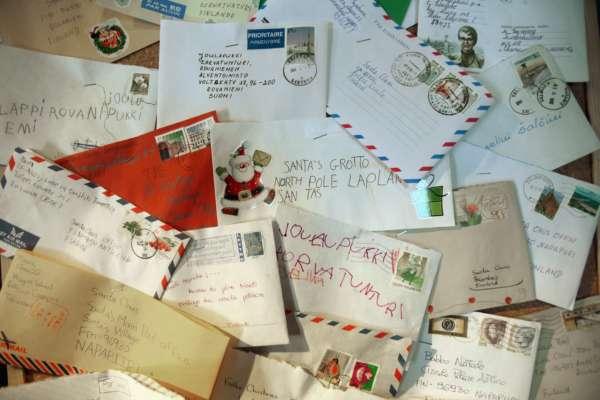 В Англії знайшли лист до Санта-Клауса, який пролежав у димарі 60 років
