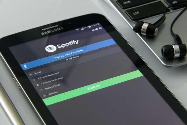 Приложение Spotify