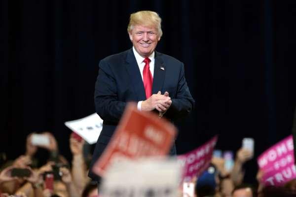 Трамп не буде створювати партію і пророкує тріумф республіканцям