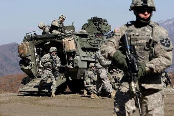 """Американские военные случайно """"захватили"""" мастерскую в болгарской деревне . Фото"""