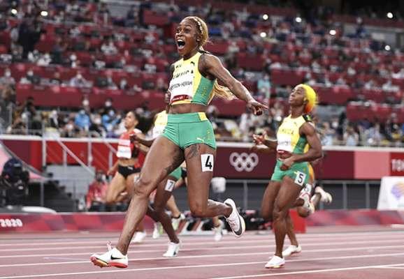 Вона виграла золото. Ямайська бігунка побила олімпійський рекорд у стометрівці
