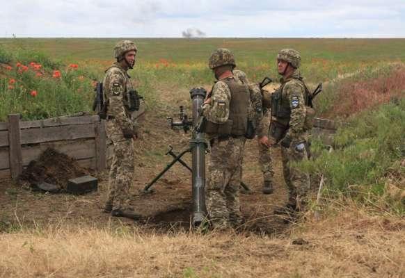 На Донбассе двое украинских военных подорвались на неизвестной взрывчатке