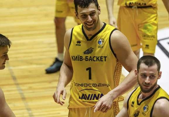 Киев-Баскет стартовал с победы в 1/4 финала против Черкасских Мавп