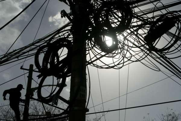 Ремонтні роботи по відновленню електропостачання
